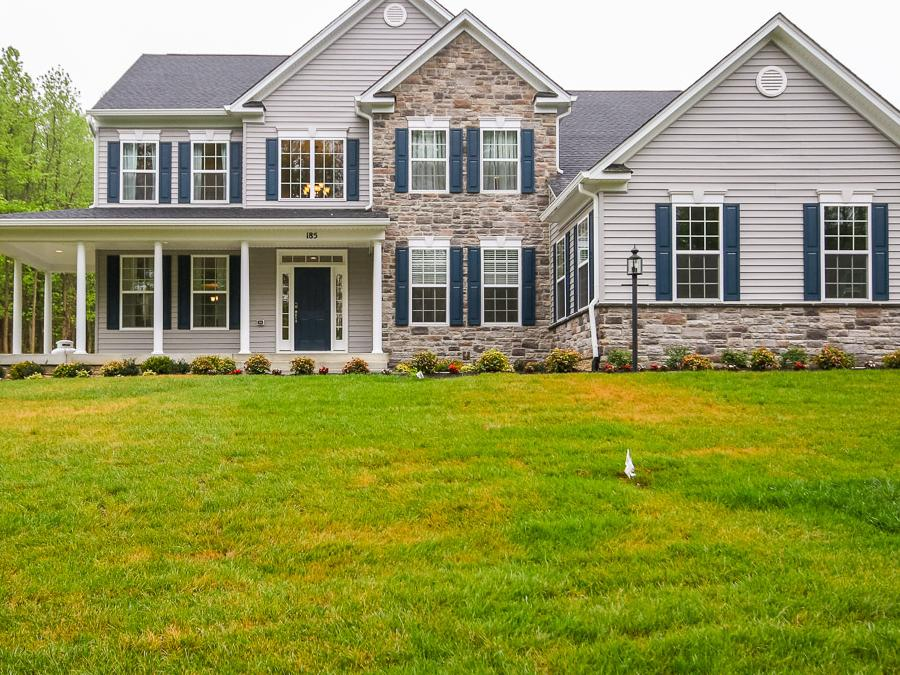 Spring creek new home community in zion crossroads va for 3 car side load garage