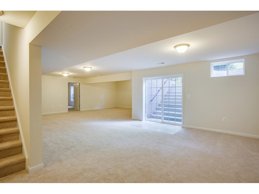 Please note that these photos are of our model home. Selections and colors may vary.
